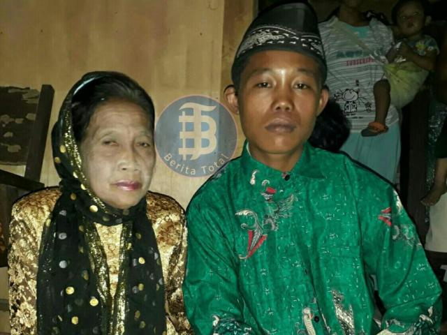 Dọa sẽ tự tử, chàng trai 16 tuổi cuối cùng cũng cưới được vợ 71 tuổi như ước nguyện
