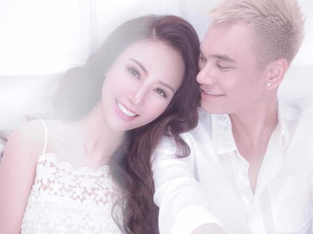 Khắc Việt nhá hàng ảnh cưới, chiều chuộng bà xã tương lai hết mực