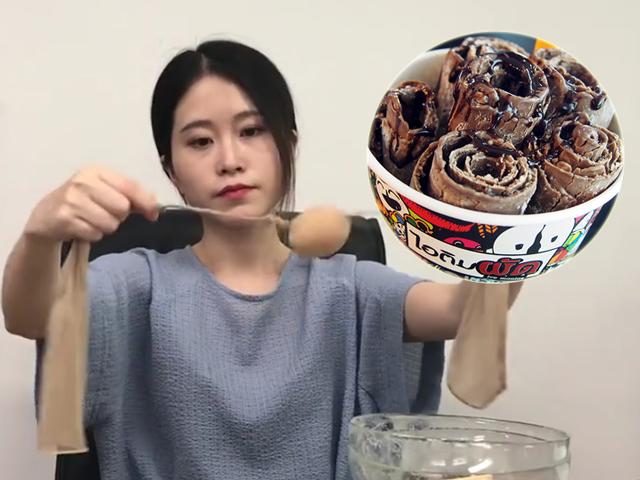 [Video] Thánh ăn công sở tái xuất với kem cuộn chảo pan giữa văn phòng