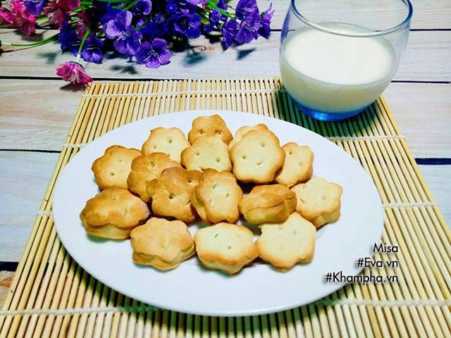 Bánh quy bơ sữa giòn tan, thơm ngon con ăn hoài không biết chán