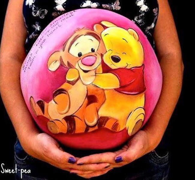 Trong vài năm trở lại đây, vẽ bụng bầu đang là một trong những loại hình nghệ thuật được nhiều mẹ bầu yêu thích.