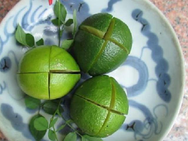 Thực hư công dụng thần kỳ của quả chanh bổ 4 đặt trong phòng ngủ