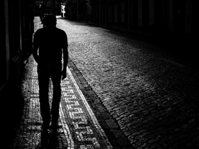 Tháng cô hồn: Sự thật về những kiêng kị trong đêm tối để tránh xui xẻo