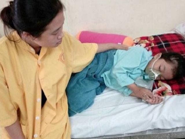 Mẹ nhanh trí cứu sống con gái 7 tuổi chết lâm sàng do đuối nước