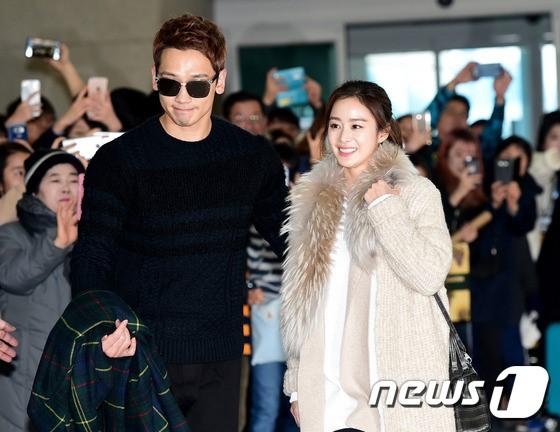 Đi du lịch cùng chồng, bà bầu Kim Tae Hee kín đáo lộ ảnh amp;#34;sống ảoamp;#34; tại Ý - 1