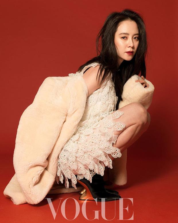 Đi du lịch cùng chồng, bà bầu Kim Tae Hee kín đáo lộ ảnh amp;#34;sống ảoamp;#34; tại Ý - 6
