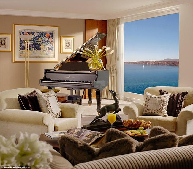 Khách sạn President Wilson, Geneva, Thụy Sĩ (81.000 USD/đêm)  Từng là nơi chào đón những vị khách nổi tiếng bậc nhất thế giới, những căn phòng nguyên thủ nơi đây được mệnh danh là phòng nguyên thủ đắt nhất thế giới.