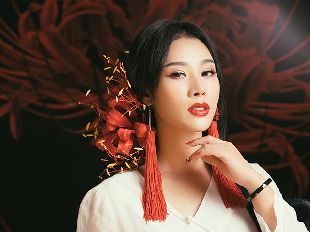 Vợ ca sĩ Việt Hoàn gây sốt khi cover nhạc phim Tam sinh tam thế