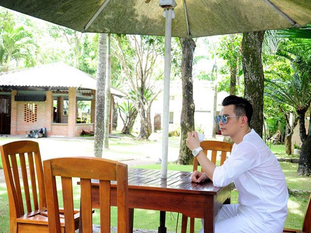 Nhà vườn bạc tỷ xanh mát bao người mơ ước của ca sĩ Lâm Hùng