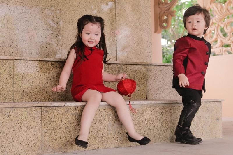 Bộ ảnh Trung Thu của hai con Elly Trần vừa được tung ra khiến cư dân mạng mê mẩn.