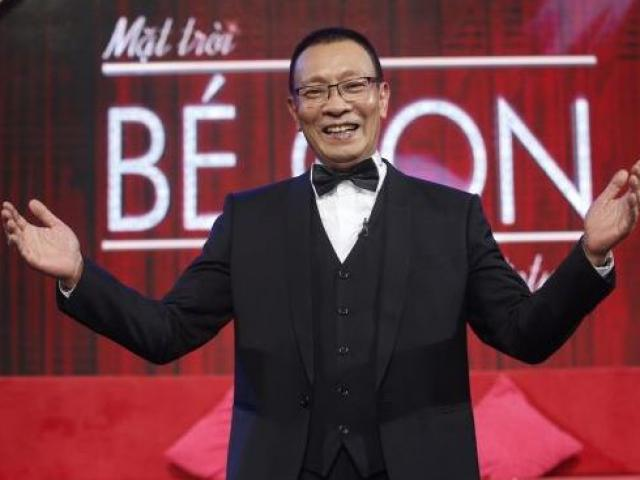 Nhà báo Lại Vân Sâm xuất thần trổ tài hát xẩm trên sóng truyền hình