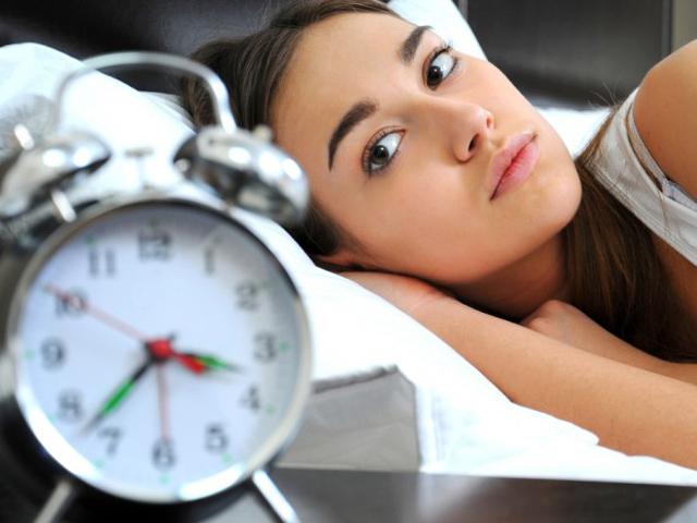 Nếu bạn bị mất ngủ kinh niên, đừng bỏ qua 9 cách cực kỳ đơn giản dưới đây