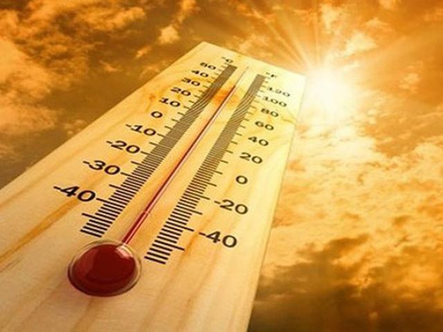 Ngày nắng nóng, người già và trẻ em không uống đủ nước dễ bị trụy mạch, đột quỵ