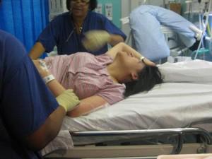 Mẹ khóc thét khi nhìn thấy con sơ sinh, từng nghĩ cái chết là lựa chọn tốt nhất cho con