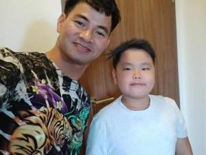 """Nghệ sĩ Xuân Bắc tung đoạn hội thoại 2 con trai """"bênh"""" Ronaldo gây sốt"""