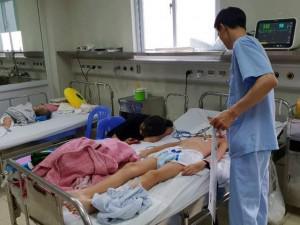 Trẻ liệt tứ chi vì viêm não Nhật Bản, cách phòng bệnh này mùa nắng nóng