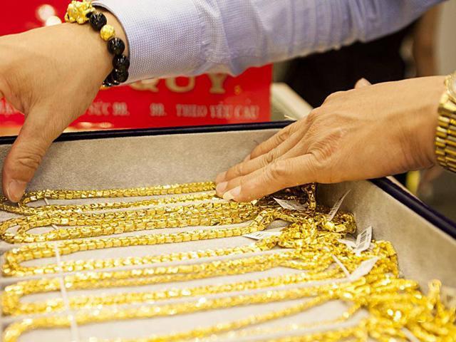 Giá vàng cuối tuần 7/7 và 8/7: Tăng mạnh, vàng trong nước áp sát 37 triệu