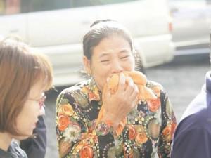 Người thân gào khóc khi thấy kẻ thảm sát 5 người một gia đình ở SG xuất hiện tại tòa