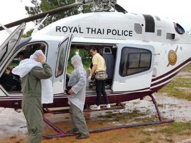 NÓNG: Toàn bộ 13 thành viên đội bóng Thái Lan đã được cứu khỏi hang