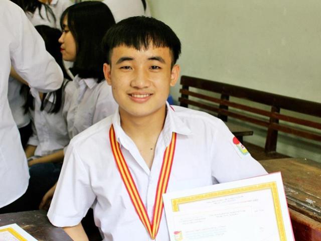 Tiết lộ bất ngờ từ chàng nam sinh đạt 9,75 điểm Ngữ văn trong kỳ thi THPT quốc gia 2018