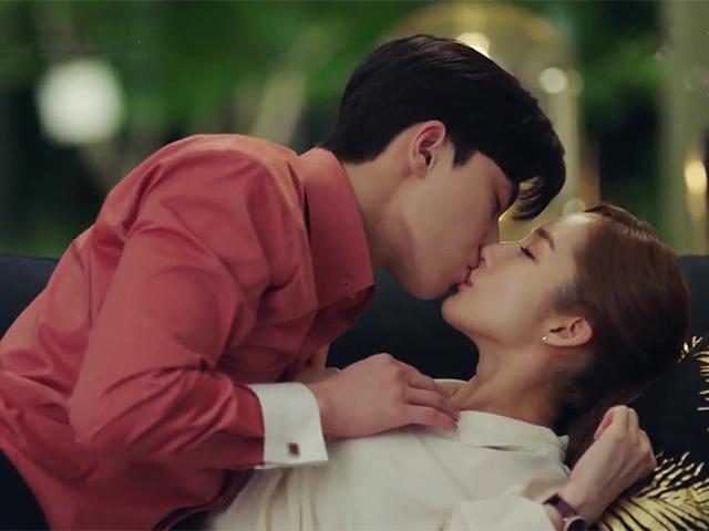 Vừa tung nụ hôn mơn trớn, Thư Ký Kim Sao Thế? khiến fan phát cuồng chờ cảnh 18+