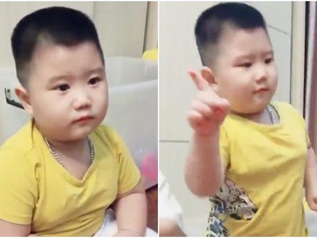 Chuyện thú vị về cậu bé sợ bà kẹ google gây sốt MXH: 3 tuổi nói Tiếng Anh vanh vách