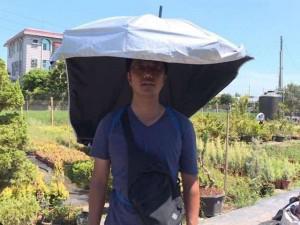 """Ông chồng của năm: Mày mò chế """"siêu phẩm"""" giúp vợ làm việc ngoài trời không cần áo chống nắng"""