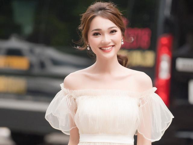 Thí sinh tiềm năng nhất bất ngờ rút lui khỏi Hoa hậu Việt Nam 2018