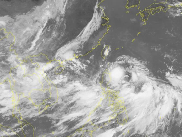 2 áp thấp nhiệt đới nối đuôi nhau vào biển Đông, khả năng mạnh lên thành bão