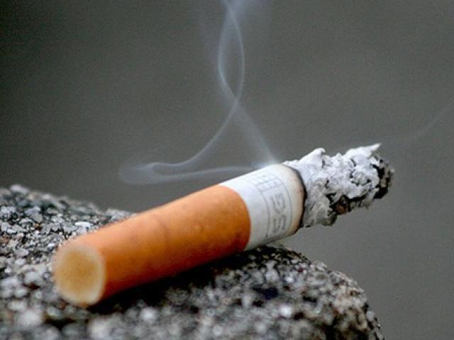 Điếu thuốc lá cháy dở tố cáo gã tài xế bệnh hoạn giết hại cô gái bán dâm