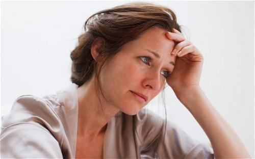 Mãn kinh ở phụ nữ và những vấn đề thường gặp phải - 3