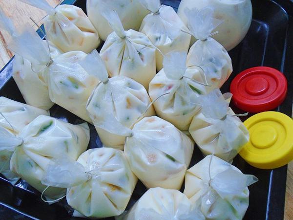Mách chị em cách làm sữa chua hoa quả đơn giản mà ngon cho cả nhà - 9