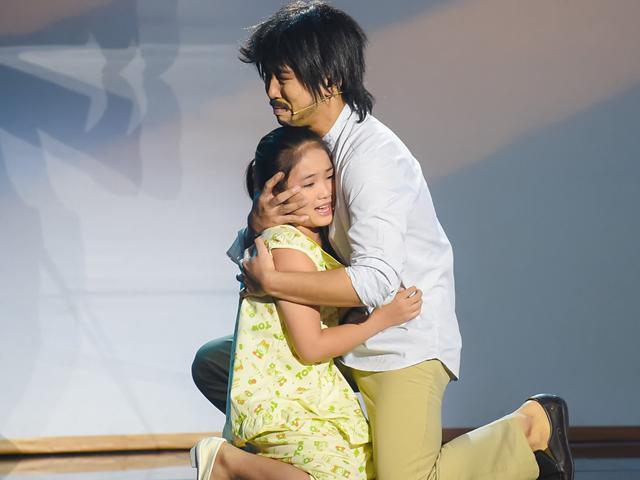 Con gái nuôi cố nghệ sĩ Khánh Nam khiến khán giả khóc sụt sùi khi trở lại truyền hình