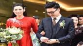 Á hậu Tú Anh lộ bụng to bất thường trong hôn lễ với chồng thiếu gia