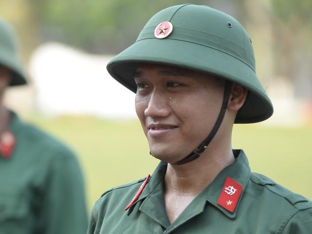 Cười không điểm dừng khi nghe Mr Cần Trô Xuân Nghị phổ nhạc quân đội bằng giọng Phú Yên