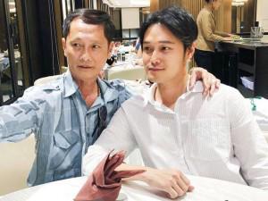 """""""Hoàng tử sơn ca"""" Quang Vinh lần đầu hé lộ ảnh người bố không phải đại gia"""