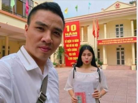 """MC Hoàng Linh """"Chúng tôi là chiến sĩ"""" chính thức """"nâng hạng"""" bạn trai thành ông xã"""