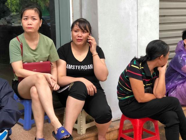 Mẹ khóa cửa đi ra ngoài, 2 con mắc kẹt, gào khóc thảm thiết trong đám cháy ở Hưng Yên