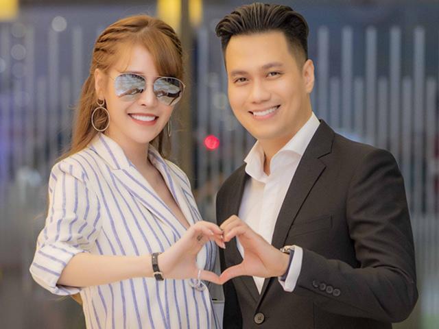 Việt Anh thân mật đón Quế Vân đi xem phim như chưa hề có scandal hẹn hò xảy ra
