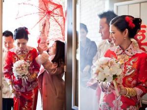 Từng chê người cũ tham lam, chàng trai chết sững khi đi bê tráp cho đám cưới sếp