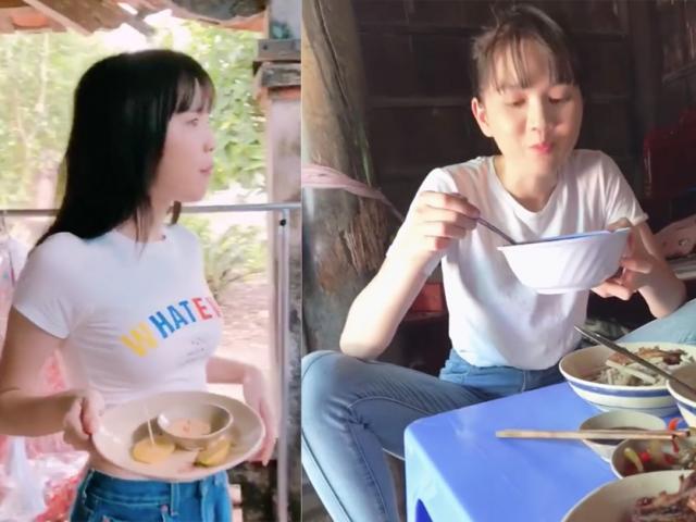 Một hình ảnh rất khác về Ngọc Trinh: Ngồi dạng chân, ăn uống thả phanh không cần giữ ý!