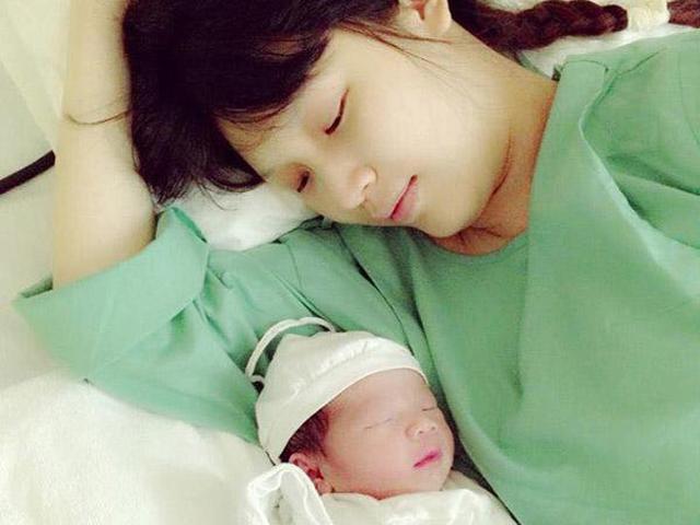 Vừa đăng quang nhưng ít ai biết Hoa hậu Phí Thùy Linh từng suýt mất mạng khi sinh con