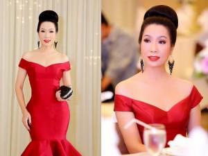 Vì tấm gương tày liếp Hari Won, NSƯT Trịnh Kim Chi ăn tiệc như lần đầu ra mắt mẹ chồng