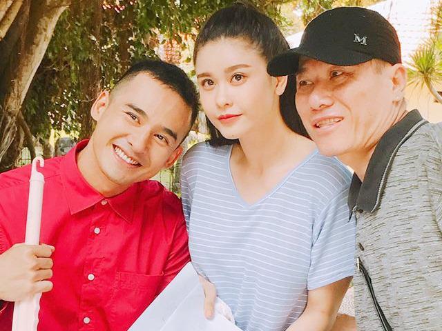 Thúy Diễm mới sinh đầy tháng, Lương Thế Thành đã đi đóng phim kiếm tiền bỉm sữa cho con