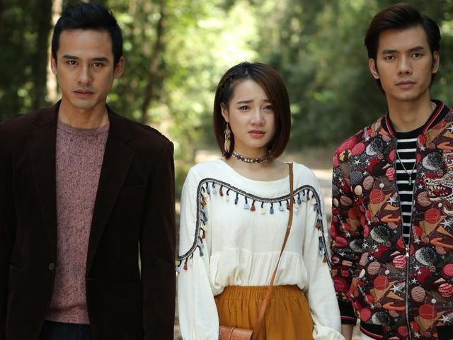Gặp tình cũ dai dẳng trong phim Việt, người yêu hiện tại nào cũng phải cắp dép chạy thẳng