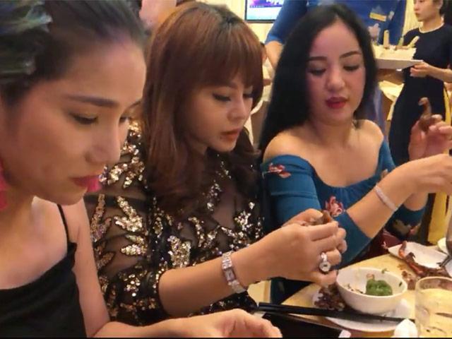 Thúy Nga đăng clip ăn tiệc như bỏ đói, nhắc khéo bà mối Cát Tường Đừng như Hari Won
