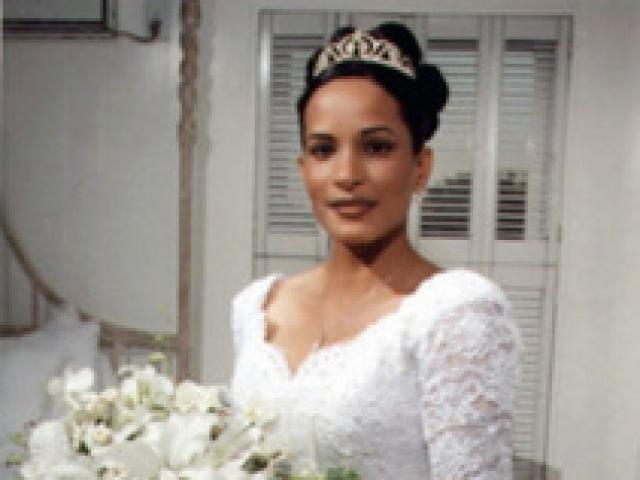 Thảm kịch ngày hạnh phúc thành đám tang: Cô dâu bị người yêu cũ bắn chết ngay trong đám cưới