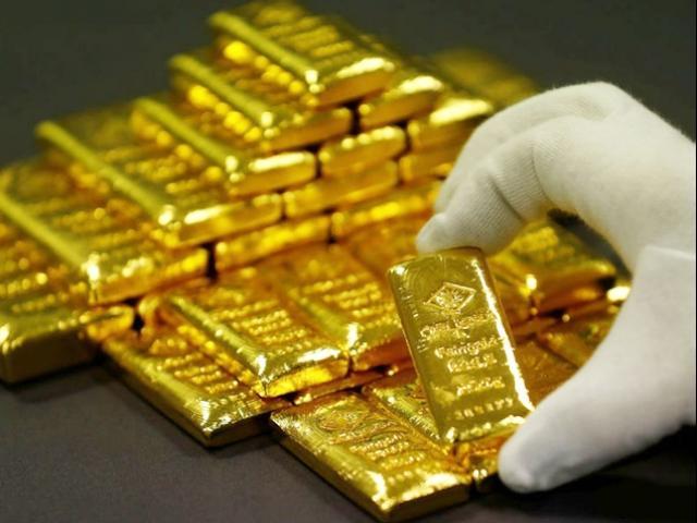 Giá vàng hôm nay 7/8/2018: Vàng lại lao dốc vì cuộc chiến thương mại