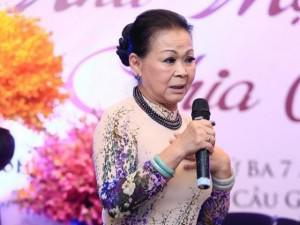 """Nữ danh ca Khánh Ly: """"Có người hỏi con tôi, xác mẹ đưa về chưa?"""""""