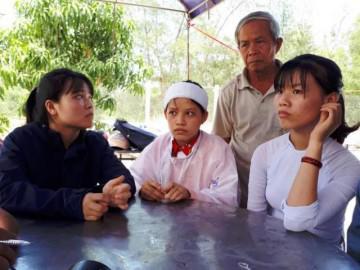 Nữ sinh đội 2 tang cùng lúc đỗ đại học: Thi xong vội nộp bài để về đưa tang bố